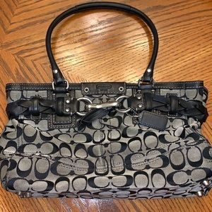 Coach Hampton Signature Carryall